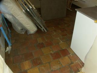 rénovation : sol avant notre nettoyage